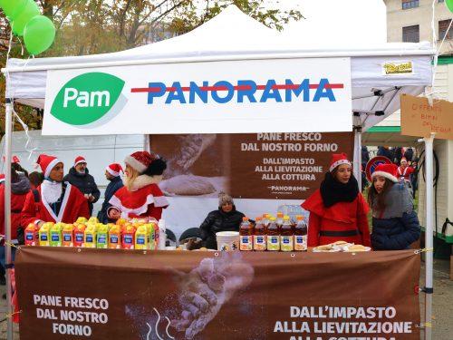 La magia del Natale di Pam Panorama regala doni ai più piccoli