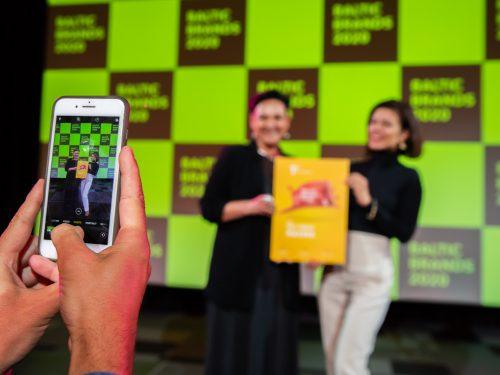 Maxima Latvija riceve il riconoscimento Top Retail Awards nei Paesi Baltici